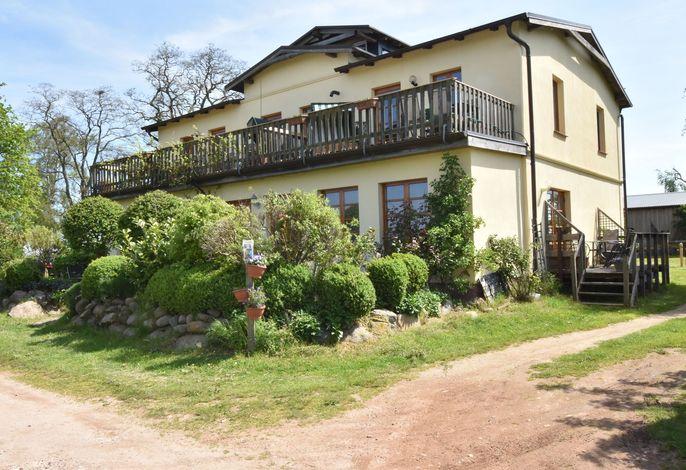Villa Seeheim Fewo mit Terrasse auf Wassergrundstück - Nr 5