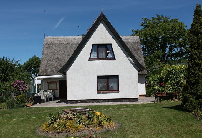 Schwalbenhof im Reetdachhaus
