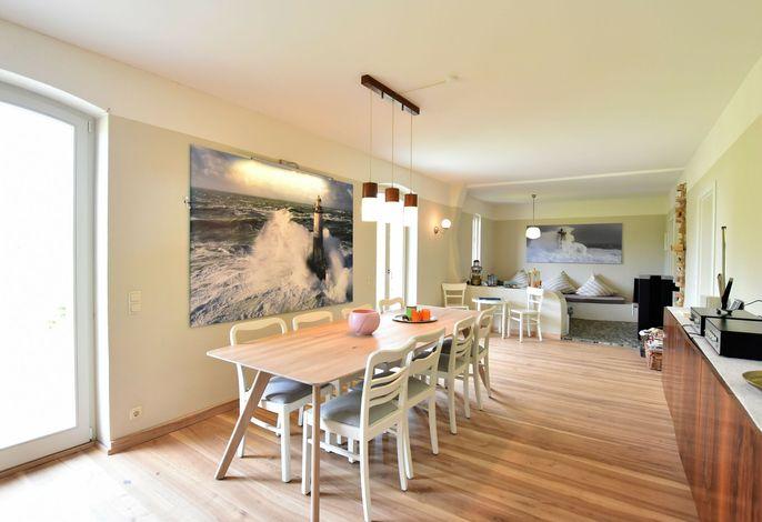 Haus Seegang - Strandnahes Ferienhaus mit großem Garten