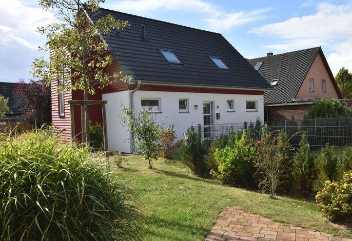 Ferrienhaus Backbord und Steuerbord mit Garten und Terrasse