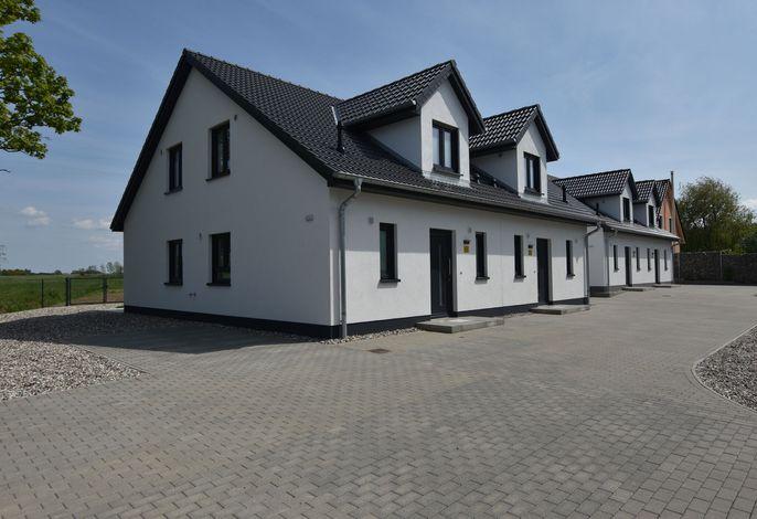 Ferienanlage Wildrose 4 Häuser in Kühlungsborn mit Terrasse und Garten