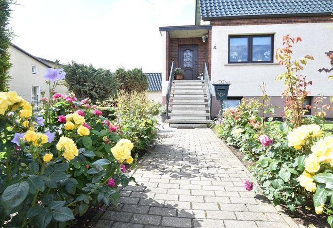 Ferienwohnung Ostseeluft strandnah mit Garten in Kühlungsborn