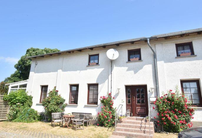 Altes Bauernhaus / Hofblick