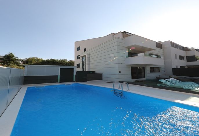 Holiday house Peric