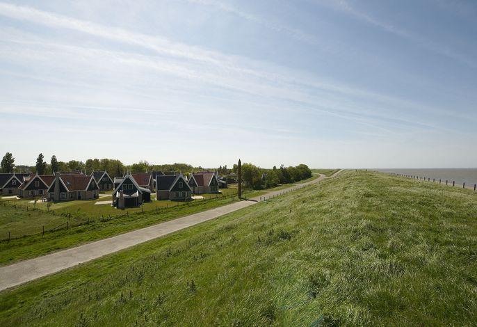 Recreatiepark Wiringherlant - Wiringher Chalet 10