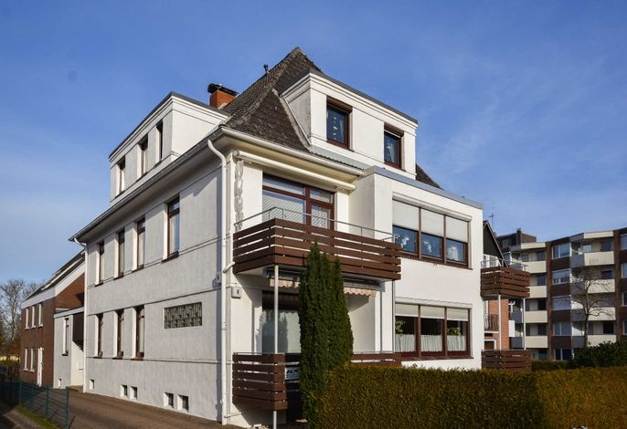 Neue Bergstraße 8 Wohnung 5