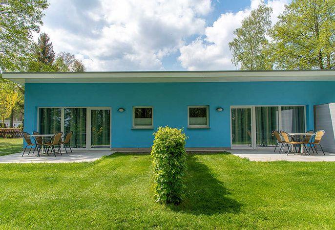 Ferienhaus am See mit Terrasse und Wiese (Bungi 13 und 14)