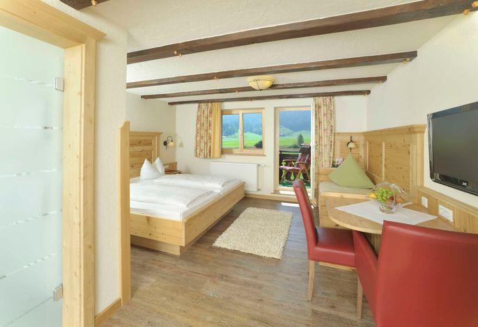 Familien Gartenkräuterzimmer mit 3. vollwertigem Bett, Balkon und riesigem Bad