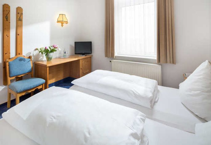Beispiel: Wohn- und Schlafzimmer