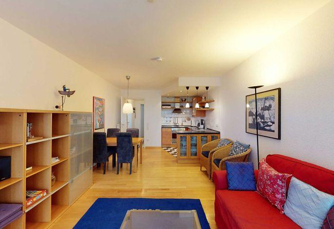 Wohn-/Essbereich mit Esstisch