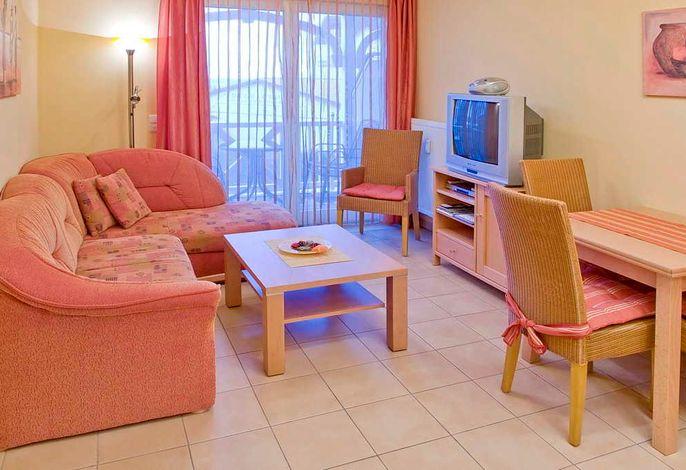 Wohnküche mit Couch