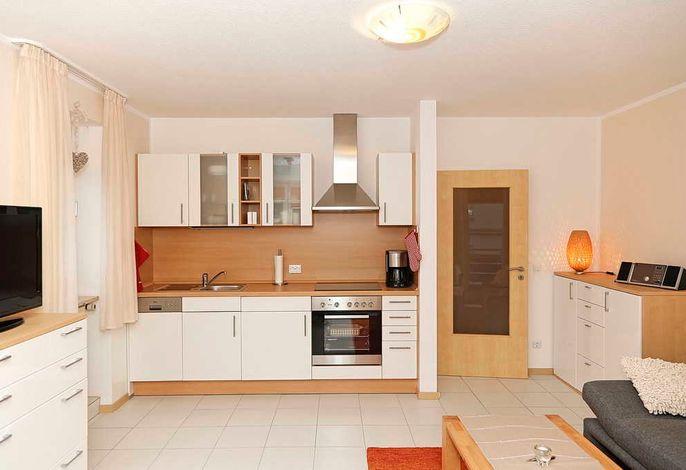 Wohn/Essbereich mit Küchenzeile