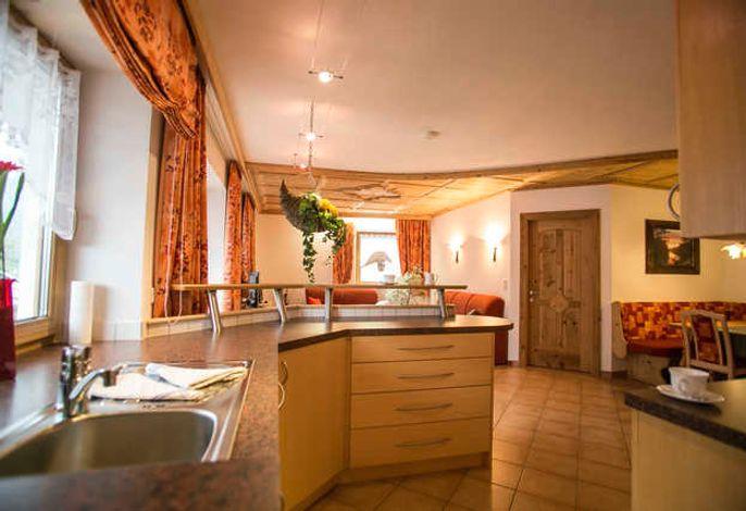 großer  Küchen - Wohnbereich