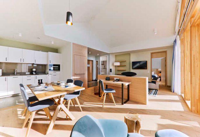 Das Appartment superior 2 rooms hat einen offenen Wohn- und Essbereich und ist mit modernster Technik ausgesattet.