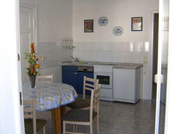 Küche mit Sitzgruppe