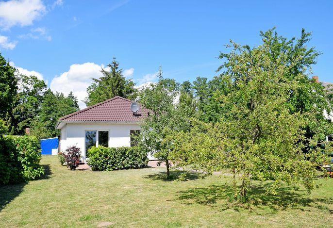 Ferienhaus Falkenhagen mit Garten