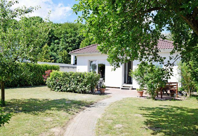***Ferienhaus Naturidyll mit großem Garten***