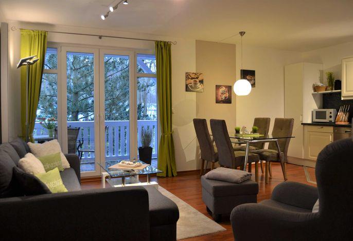 Resid. Prorer Wiek, App.7, strandnah in Binz, möbl. Balkon