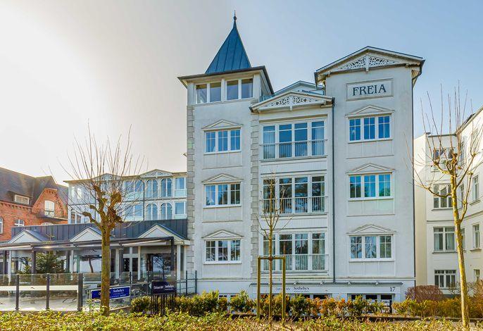 Villa  Freia  nur 20m zum Strand in Binz