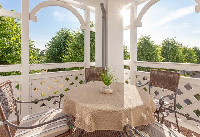 Ihr eigener Balkon mit herrlicher Aussicht