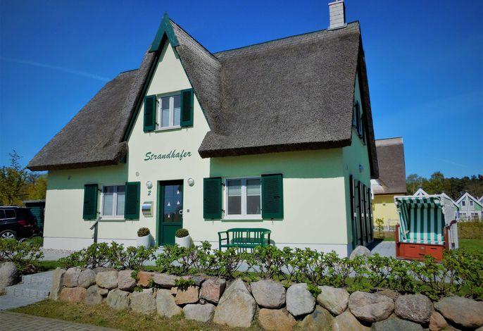 Reetdachhaus Strandhafer am Breeger Bodden