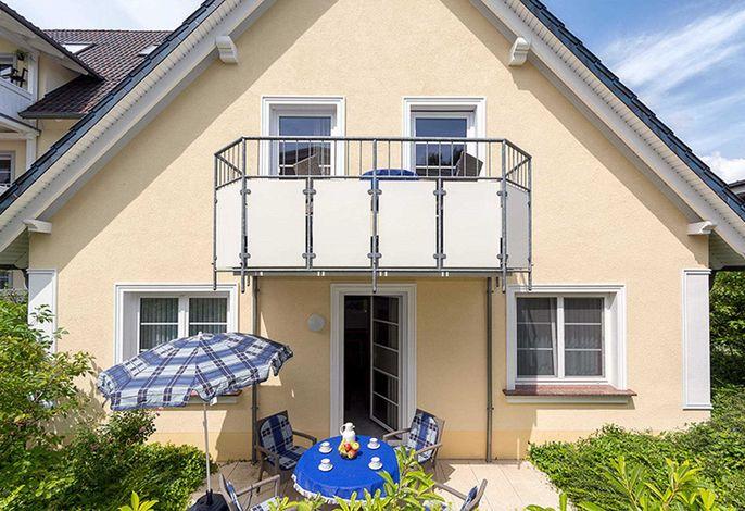 Vorderhaus mit Balkon