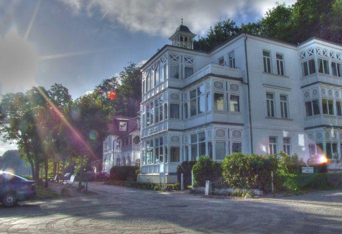 Villa Agnes  - nur 20m zum Strand, TOPLAGE!