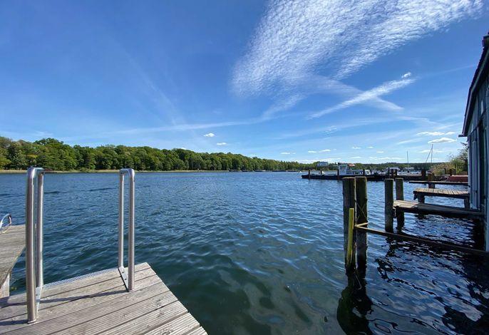Ferienwohnungen direkt am See
