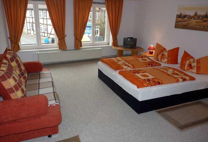 Schlafzimmer (über den Hausflur 3m erreichbar) Ferienwohnung Sabine 2
