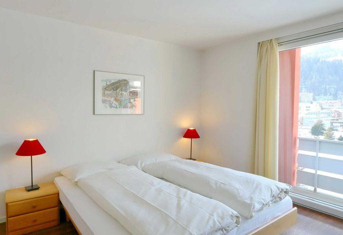 Apartment Skyline 406