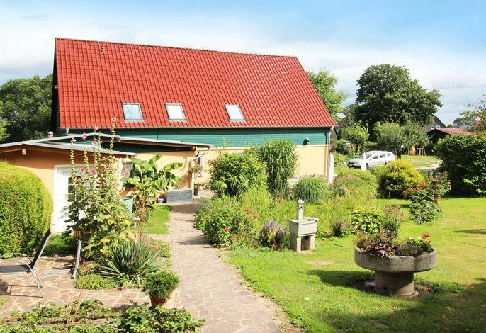 Familiäre Pension & Ferienwohnungen  Lindenhof