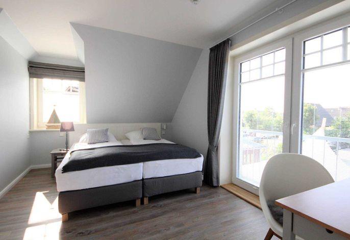 Unsere neuen Suiten in neuen Landhaus Nordstern möchten Sie mit dem hyggeligen und kuscheligem Wohngefühl willkommen heißen.