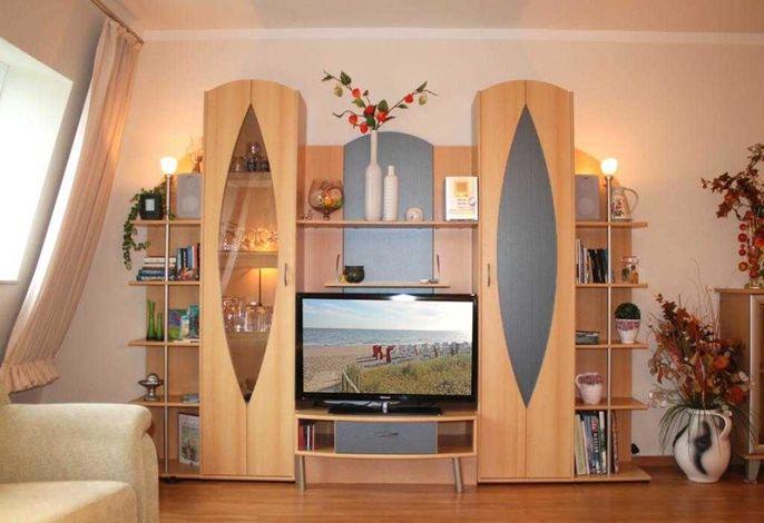 Minerva Whg.28-Wohnbereich mit TV