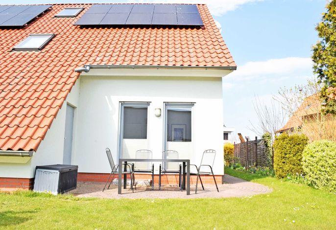 DEB 041 Ferienwohnung am Kurpark Altefähr