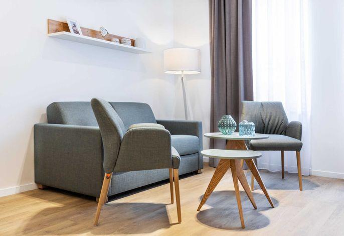 Wohn-/Essbereich mit Einzelschlafcouch