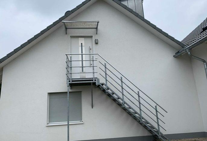Treppe hoch zur Ferienwohnung
