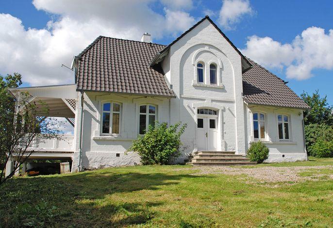 Gutshaus Glowitz F 800 idyllische Lage mit riesigem Garten