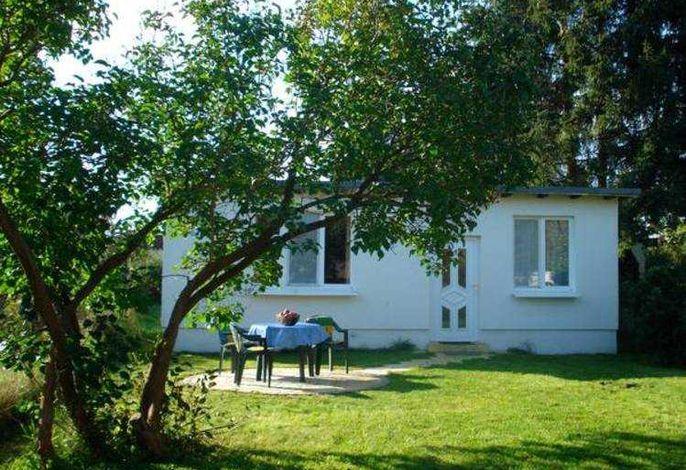kleines Ferienhaus auf dem Lande mit Fahrrädern und WLAN