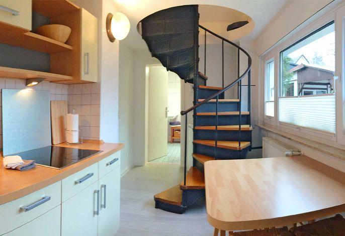 Küche mit Sitzecke im Erdgeschoss