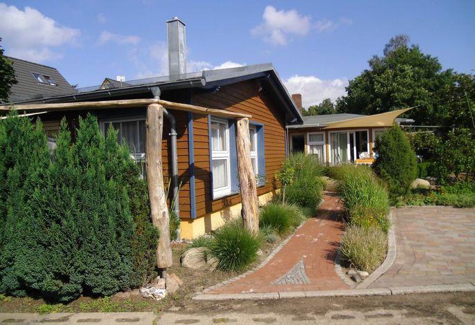 OS: Ferienhaus Thea mit Terrasse