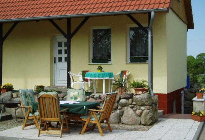 Ferienhaus & Radlerrast Streblow