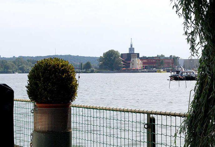 Potsdam: Pension Am Tiefen See