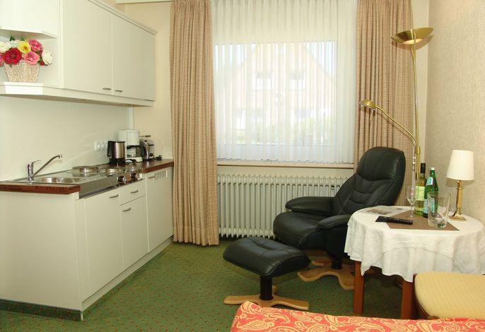 Sitzplatz und Küchenzeile