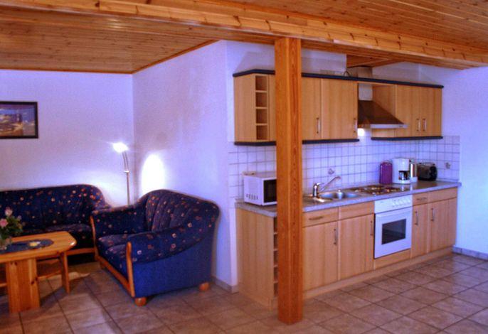 Küchenzeile/Wohnbereich