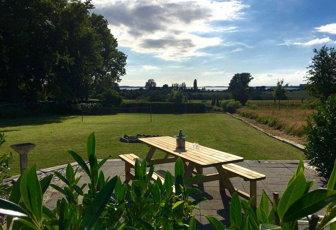 Ferienhaus Boddenhus - WLAN, 2 SZ, Garten - am Wasser