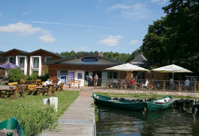 Urlaub am See - Ferienwohnungen auf dem Fischerhof Eldenburg
