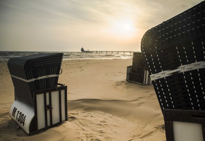 Blick vom Strand auf die Sebrücke