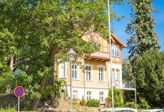 Haus auf dem Hügel - Die Klassische 07