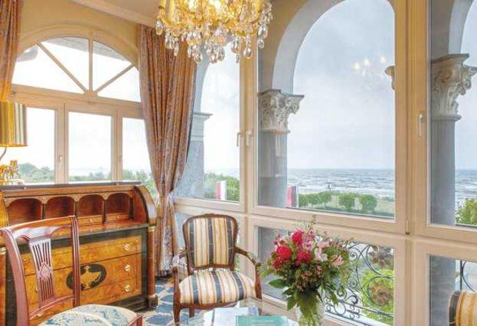 Senior Suite mit Meerblick, Wohnen