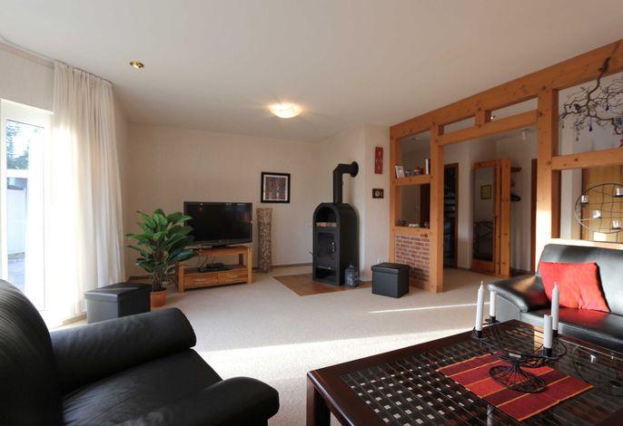 5* Ferienhaus An der Wingst - Wohnzimmer